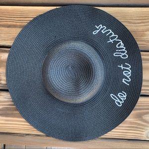 JUST IN  ♡ DO NOT DISTURB Hat